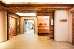 Espace saunas, Aktiv & Vitalhotel Bergcristall, Neustift, Stubaital © Andre Schoenherr